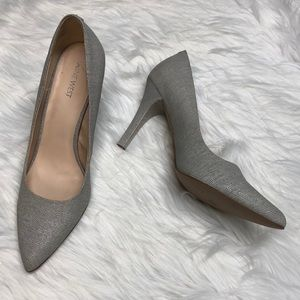 Nine West Wendle Grey small pattern 4 inch heel 10
